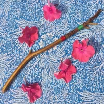 twig flower esther de charon